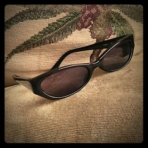 3/$30 Cat eye sunglasses Black lense low profile